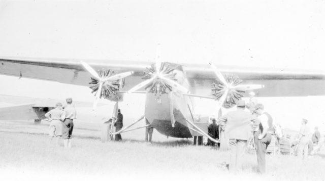 Fokker America F.10 Deluxe