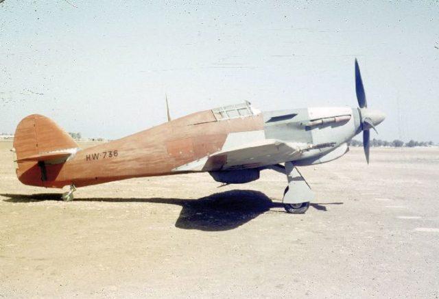 Hawker Hurrican II, HW736, French AF, c45