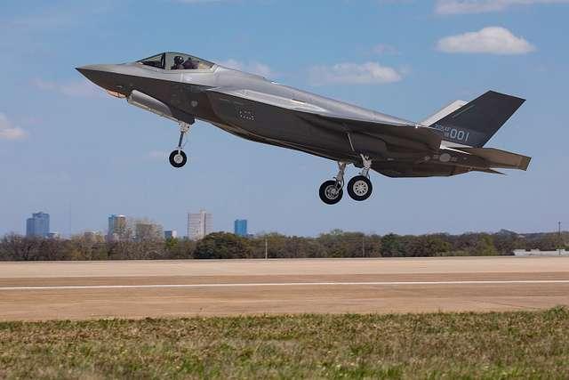 Lockheed Martin AW-1 (AW-01) First Flight
