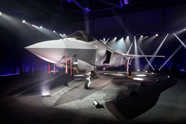 Korean F-35 rollout ceremony set up 18-06011 03-27-2018