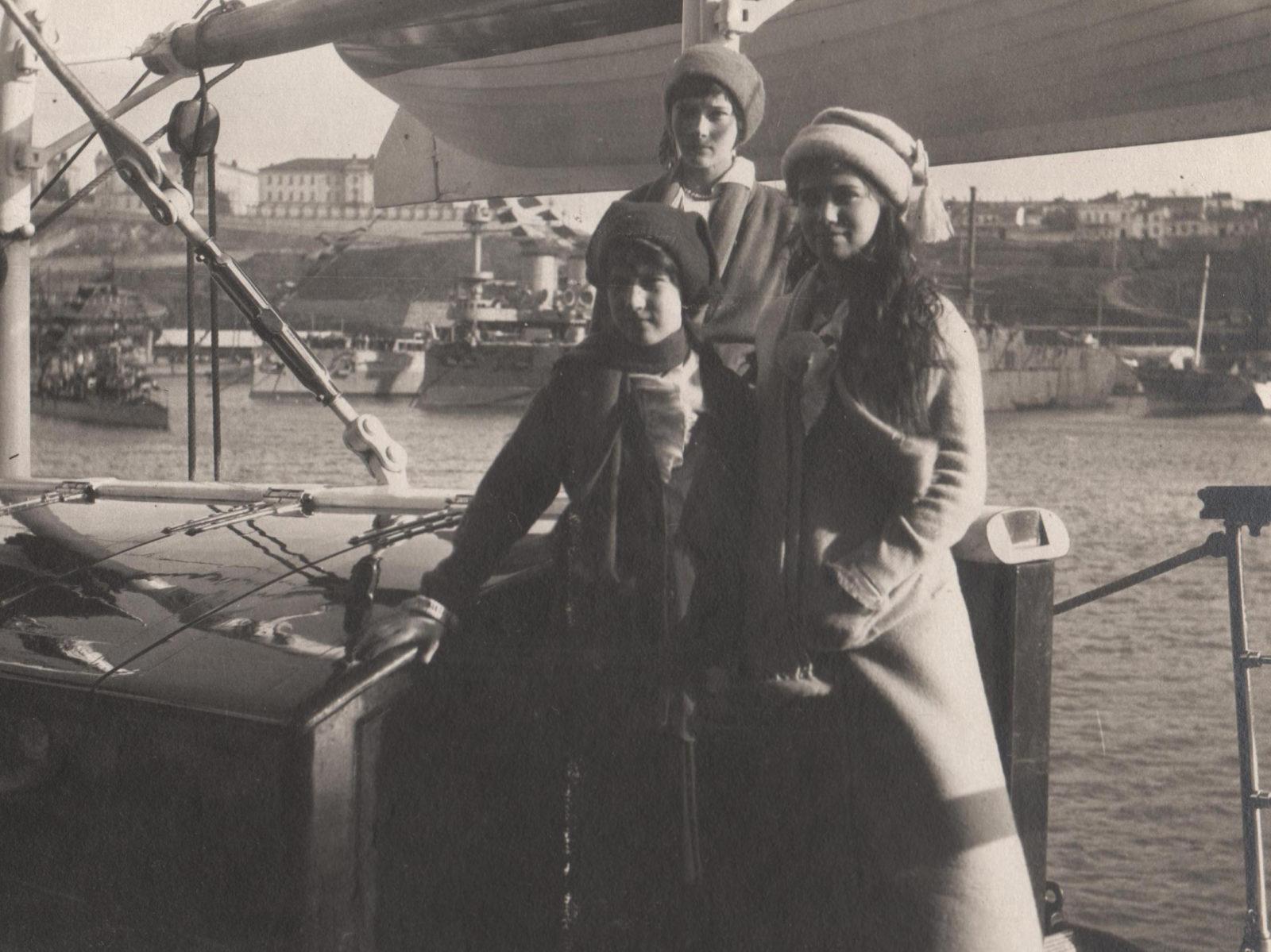 "Daughters of Emperor Nicholas II Grand Princess Anastasia Nikolaevna, Tatyana Nikolaevna and Maria Nikolaevna aboard the Imperial Yacht ""Standart""."