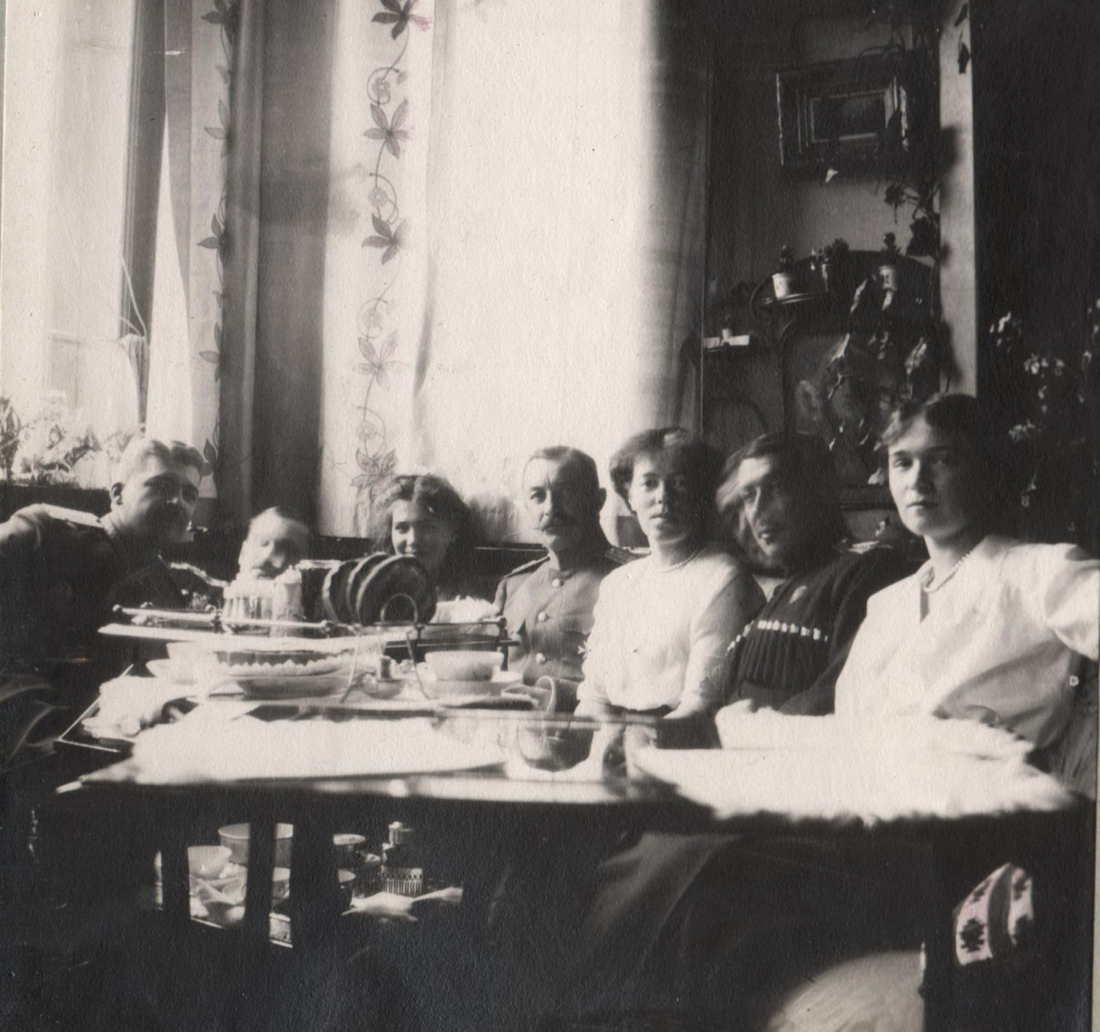 Daughters of Emperor Nicholas II Grand Princess Olga, Maria Nikolaevna and Grand Duchess Olga Alexandrovna with relatives.