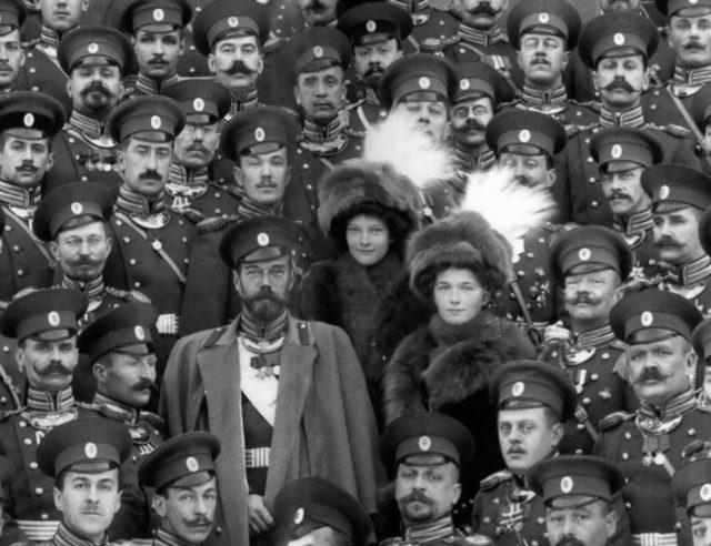 Emperor Nicholas Alexandrovich and his daughter the Grand Duchess Tatiana Nikolaevna and Olga Nikolaevna. 1914