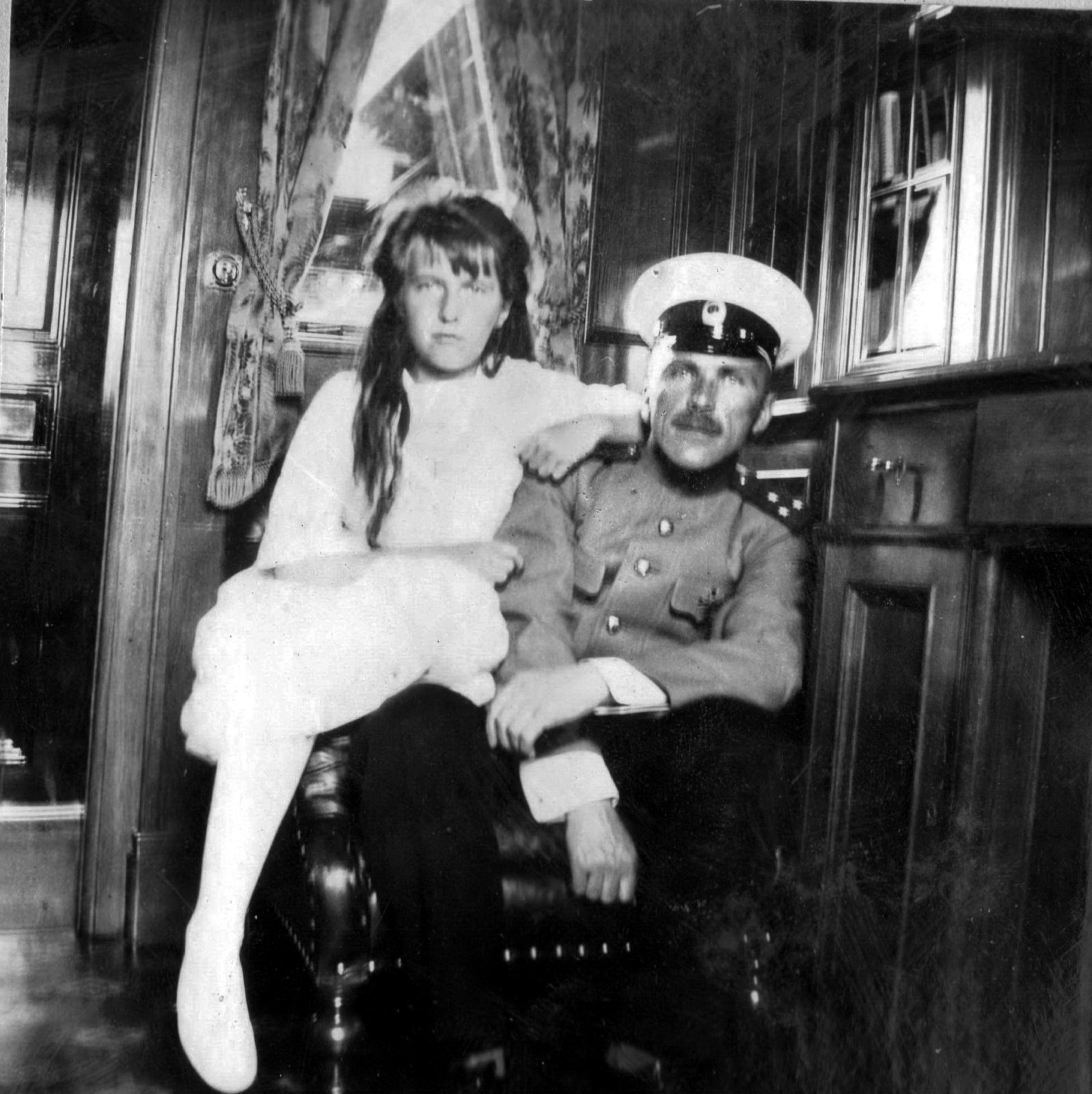"Great Princess Anastasia Nikolaevna and officer of the yacht ""Standart""."