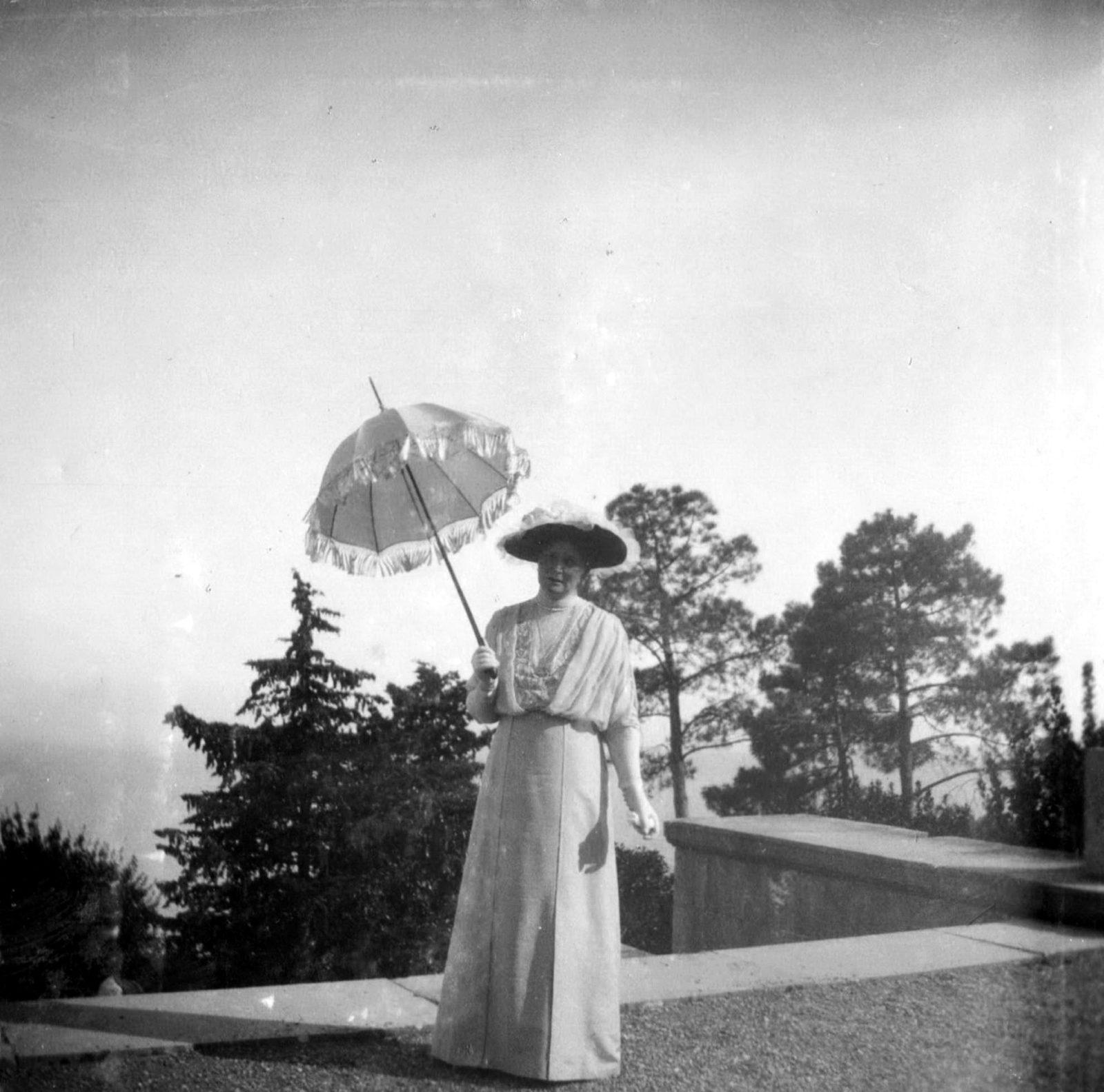 Her Imperial Majesty Empress Empress Alexandra Feodorovna.