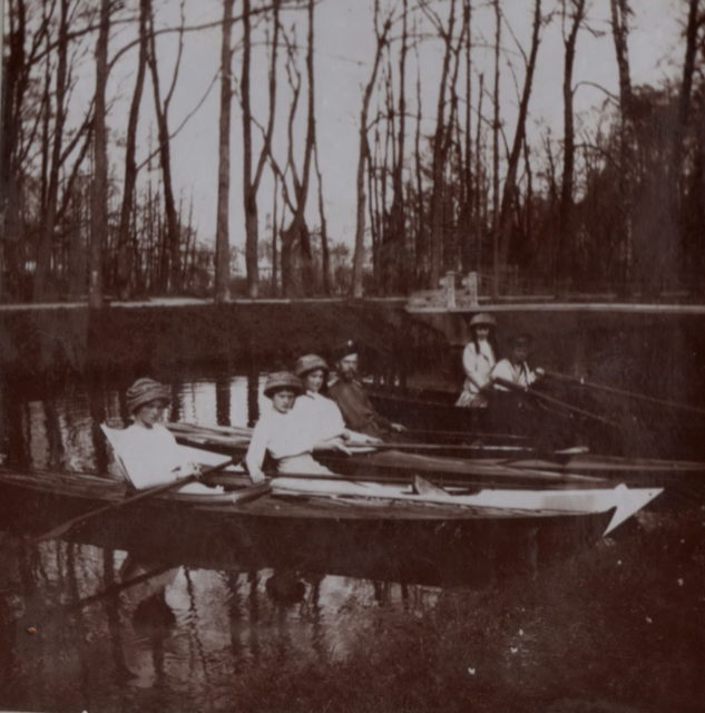 Riding a canoe of the royal family along the canal of the Tsarskoe Selo Park.