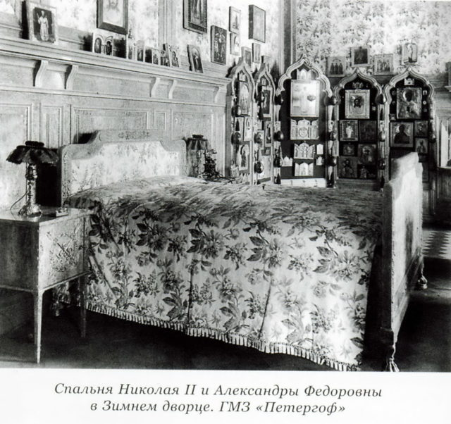 The bedroom of the Emperor Nicholas II and the Empress Alexandra Feodorovna in the Winter Palace.ed