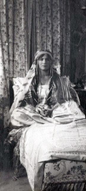 The daughter of Emperor Nicholas II Grand Princess Maria Nikolaevna. 1916 year.