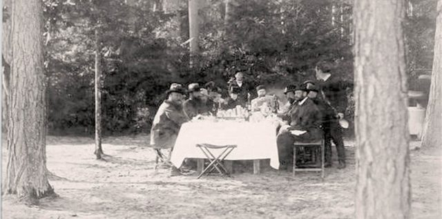 Alexander III on a lunch - hunt in Bialowieza