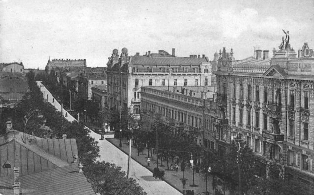Deribasovskaya, from the corner of Preobrazhenskaya, Odessa, 1900-1914