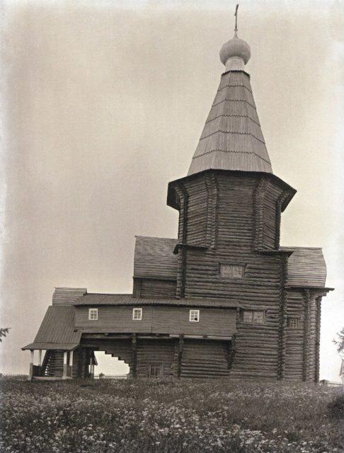 Shenkursk wooden church