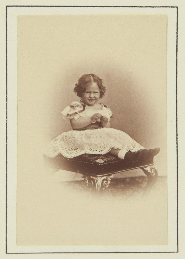 Elizabeth Alexandra Louise Alice 1886