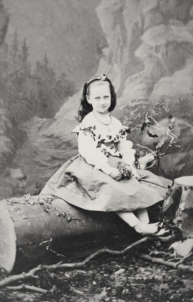 Elizabeth Alexandra Louise Alice 1870