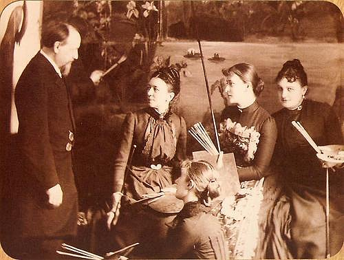 Grand Duchess Elizabeth Feodorovna for painting classes. The end of the 1880s.