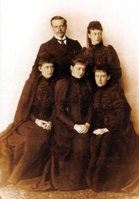 Grand Duke Ernst and his sisters Victoria , Irena, Alexandra Feodorovna, Elizabeth Feodorovna.