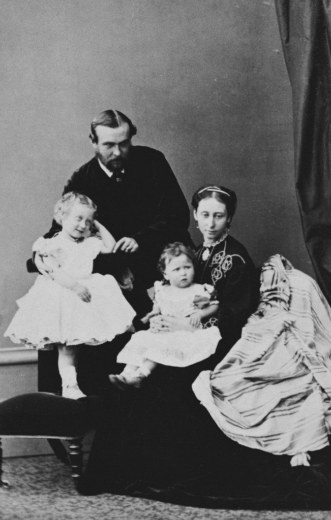 Grand Duke of Hesse-Darmstadt Ludwig IV and Grand Duchess Alice with daughters Princess Victoria and Elizabeth.