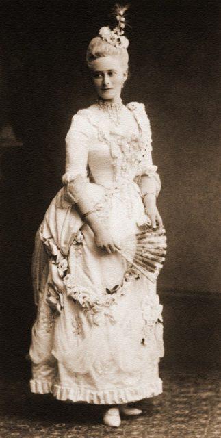 Grand Duchess Elizabeth Feodorovna in XVII century costume