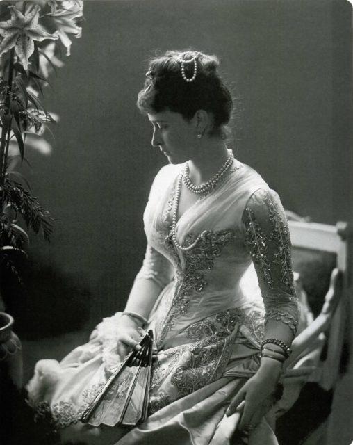 Elizabeth Alexandra Louise Alice (Ella) Princess of Hesse-Darmstadt