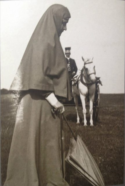 Head of the Martha and Mary Convent of the Sisters of Mercy - Grand Duchess Elizabeth Feodorovna. Grand Duchess Elizabeth Feodorovna.
