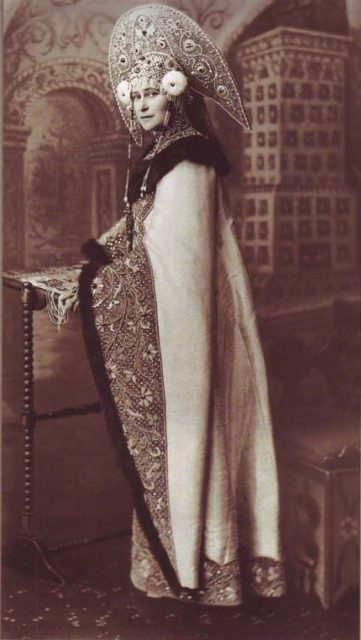 Grand Princess Elisaveta Feodorovna in a prince's dress at a costume ball in 1903 in Moscow.