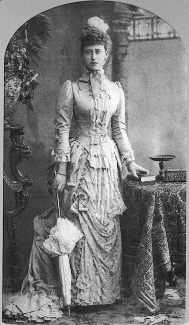 Elizabeth Alexandra Louise Alice (Ella)