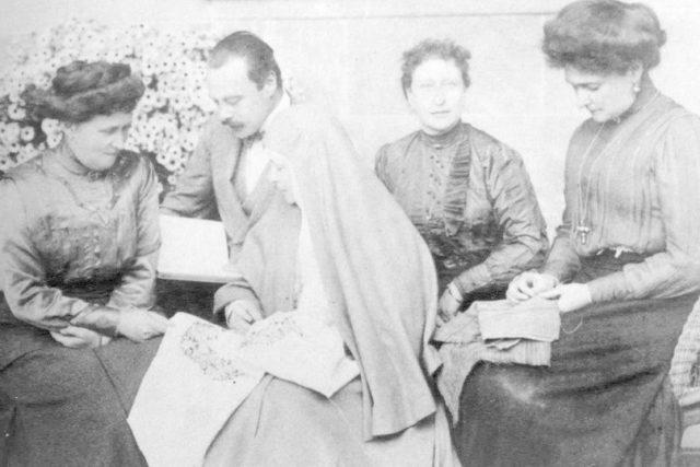 Irena Prusskaya, Grand Duke Ernst, Grand Duchess Elisaveta Feodorovna, Victoria Hesse-Darmstadt, Empress Alexandra Feodorovna.