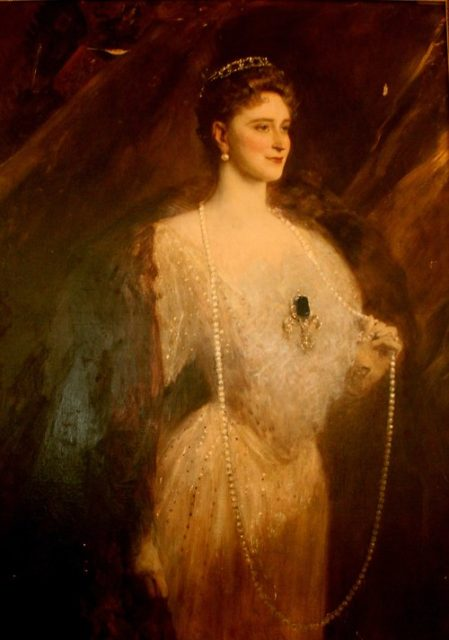 """Portrait of the Empress Alexandra Feodorovna."""