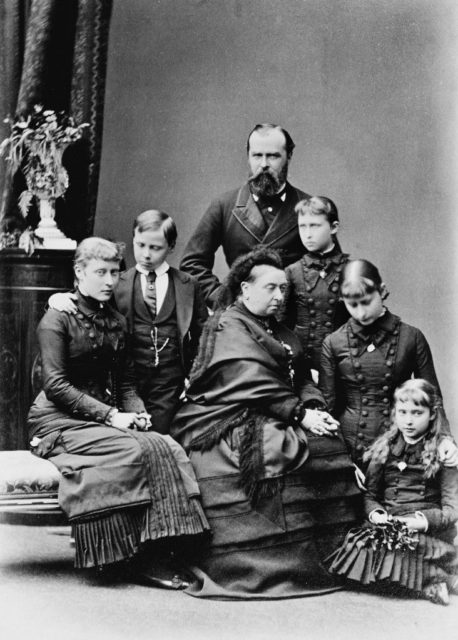 Queen Victoria with her son-in-law and grandchildren Victoria, Ernst, Irena, Elizabeth and Alice.