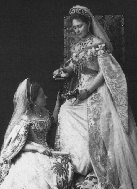 The Grand Duchess Elisabeth Feodorovna with the maid of honor Catherine (Kitty) Kozlyaninova (Strukova). Photo of 1897.
