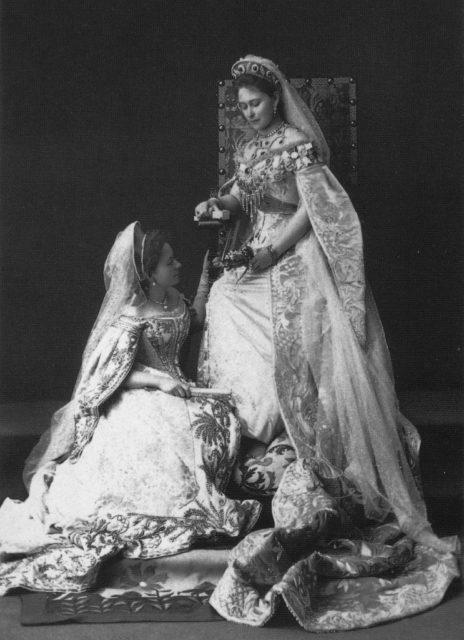 The Grand Duchess Elisabeth Feodorovna with the maid of honor Catherine (Kitty) Kozlyaninova (Strukova). Photo of 1897.