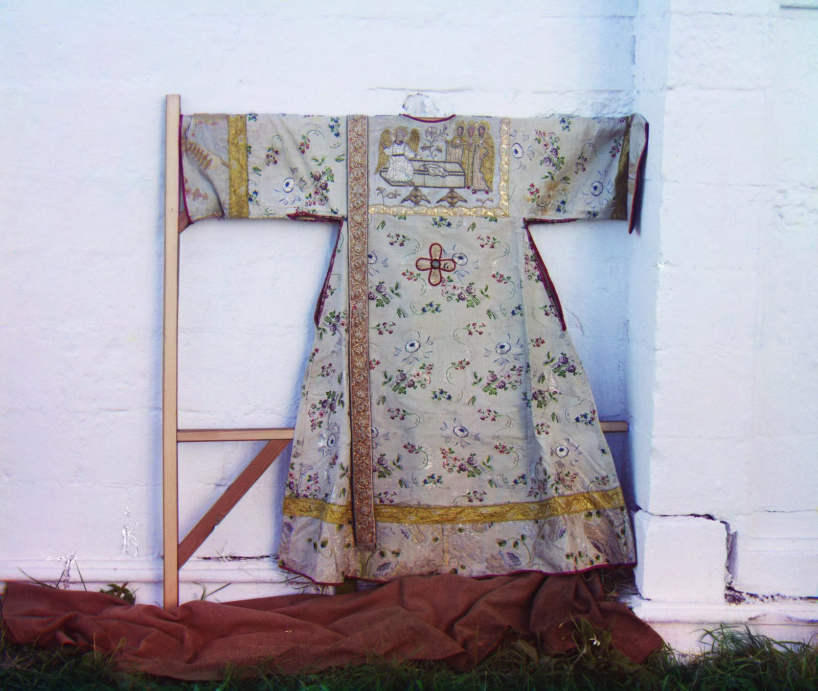 Stikherry, sewn by the princesses. Assumption Monastery. Alexandrov
