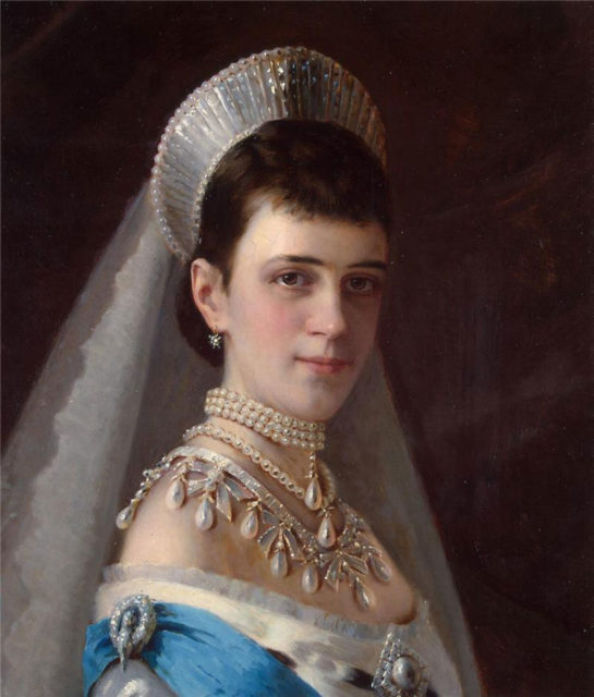 Portrait of Empress Maria Feodorovna (Dagmar).  Painter Ivan Nikolayevich Kramskoy.
