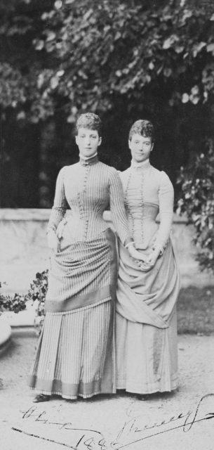 Tsesarevna Maria Feodorovna (Dagmar) and her sister Princess Danish Alexandra.