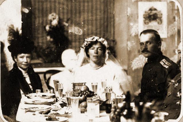 Grand Duchess Olga Alexandrovna with her husband Nikolai Kulikovsky.