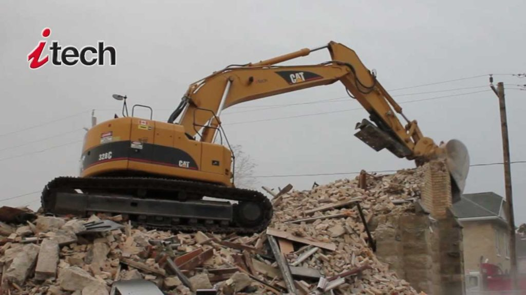 Building Demolition - Goderich, ON - Itech Environmental Services