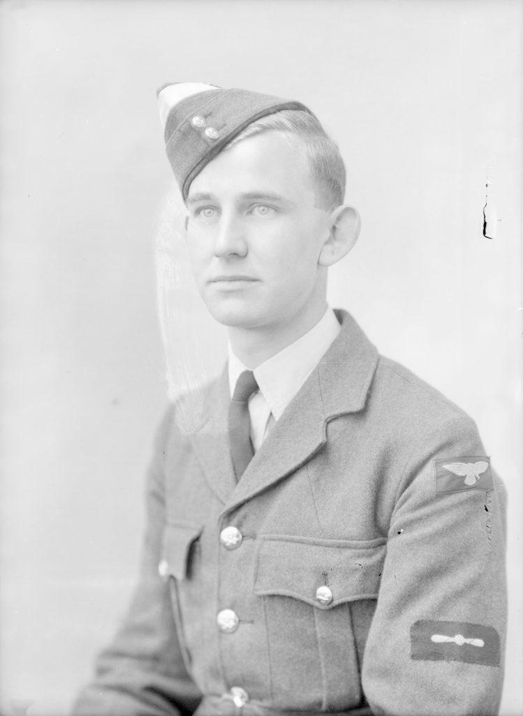 H.N. Smith, 1943