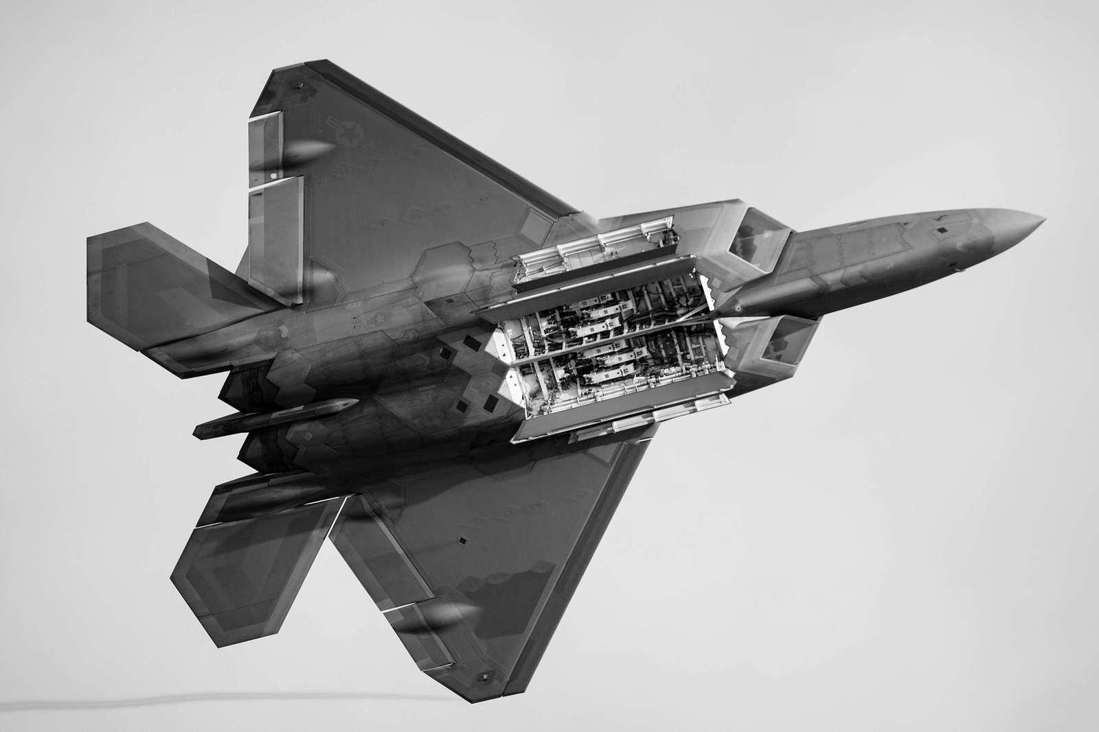 "Lockheed Martin F-22 ""Raptor"""