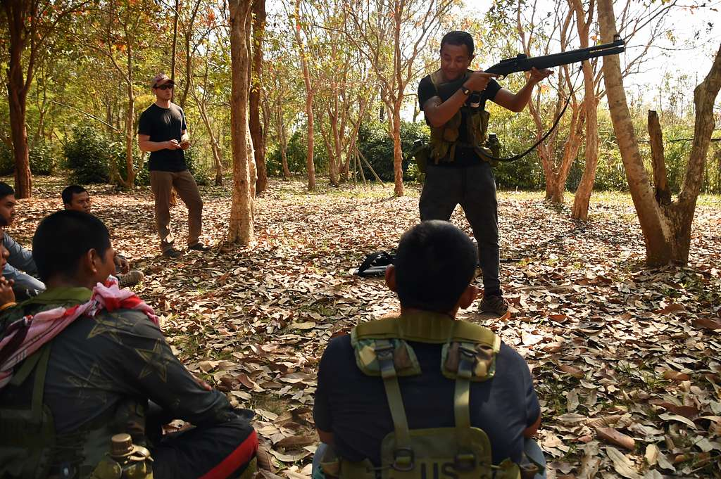 Soldiers with the 1st Special Forces Group in partnership