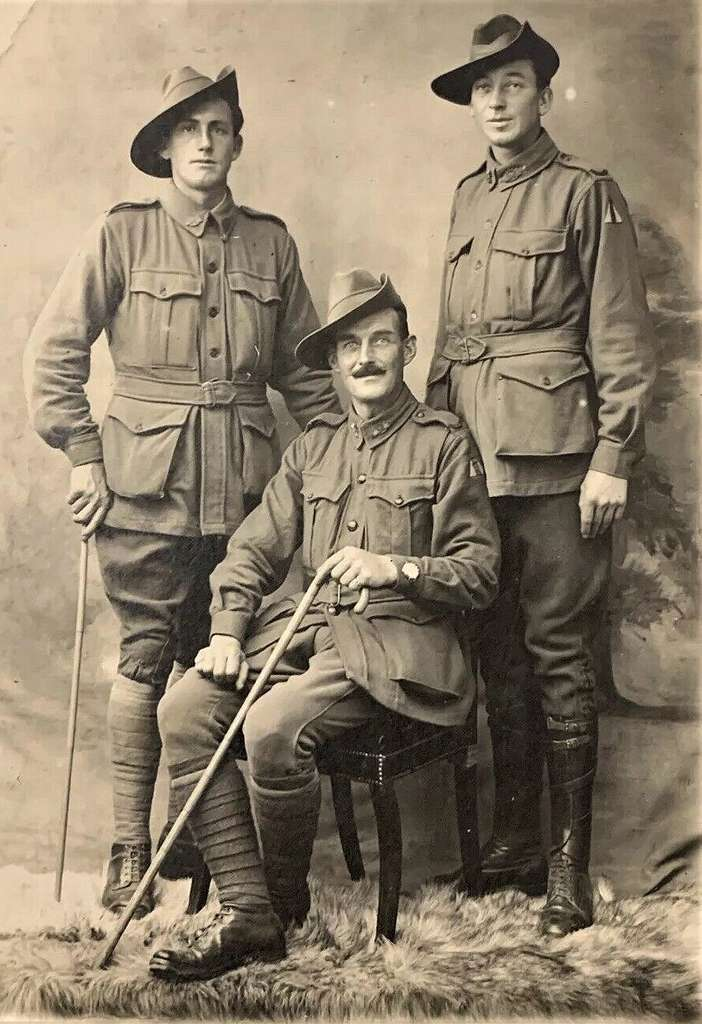 Three Australian soldiers - WW1 - PICRYL Public Domain Image