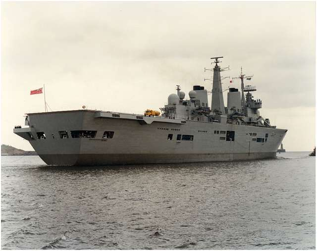 HMS Ark Royal - Leaving the Tyne for the first time on trials 19th October 1984