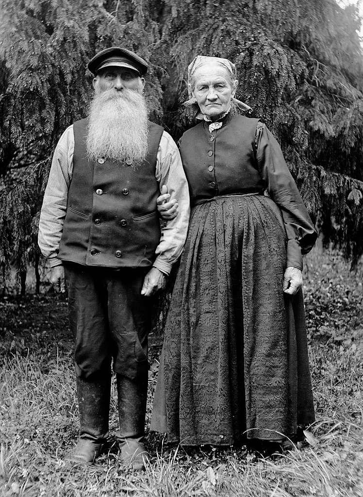 Mr and Mrs Fröding, Kummelnäs, Uppland, Sweden