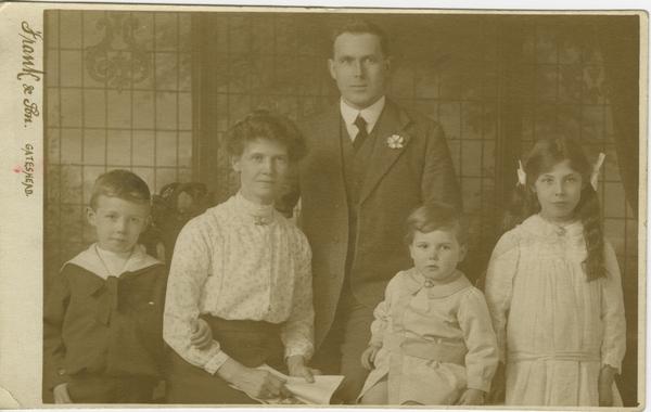 Hudson Family Gateshead. TWCMS.1995.258