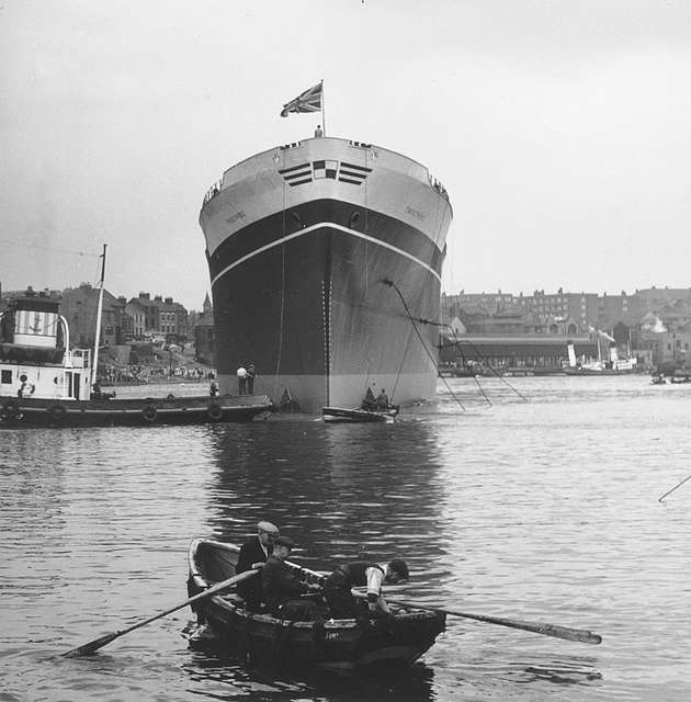 Launch of the cargo ship 'Troutpool'