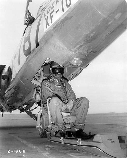 Lockheed XF-104 Starfighter ejection seat.