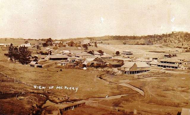 View of Mt Perry, Queensland - very early 1900s