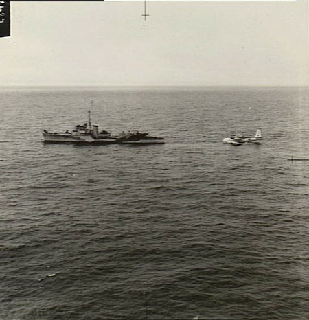 Free French destroyer and 461 Squadron RAAF Sunderland in Bay of Biscay AWM SUK10983
