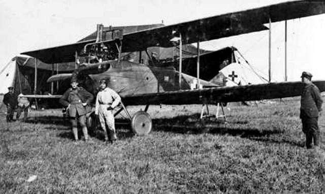 German DFW C.V with crew c1918