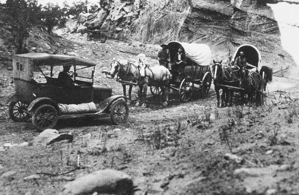 Travelling in Capitol Gorge