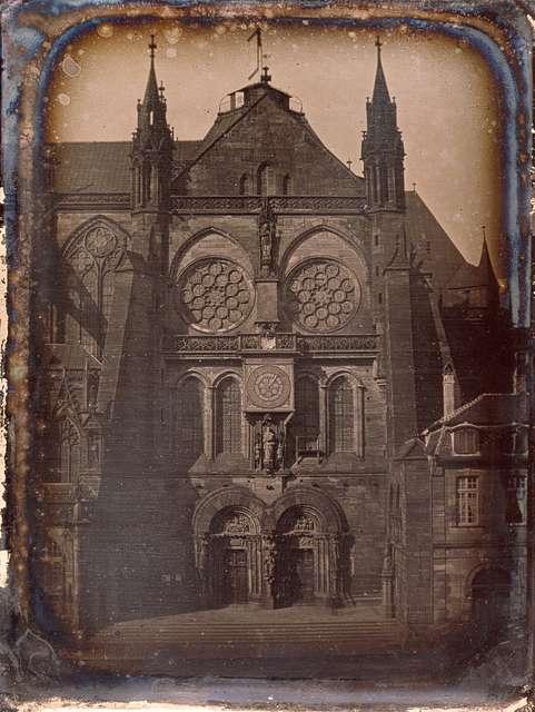 Portail sud de la cathédrale de Strasbourg vers 1852