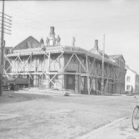 Byggingaframkvæmdir á horni Týsgötu og Skólavörðustígs í Reykjavík, um 1932